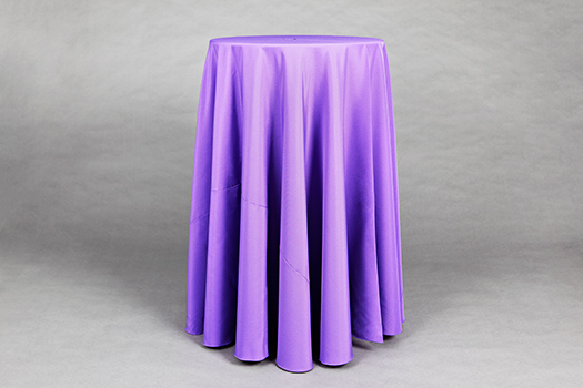 Linen Tips - Cocktail table linens